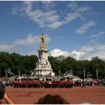 http://www.reisnaarlonden.nl/wp-content/uploads/2013/11/Buckingham-Palace-36722.jpg