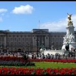 http://www.reisnaarlonden.nl/wp-content/uploads/2013/11/Buckingham-Palace-36724.jpg