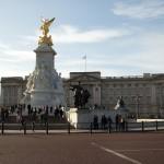 http://www.reisnaarlonden.nl/wp-content/uploads/2013/11/Buckingham-Palace-36727.jpg