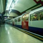 http://www.reisnaarlonden.nl/wp-content/uploads/2013/11/Metro-Londen-36766.jpg