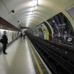 http://www.reisnaarlonden.nl/wp-content/uploads/2013/11/Metro-Londen-36767.jpg